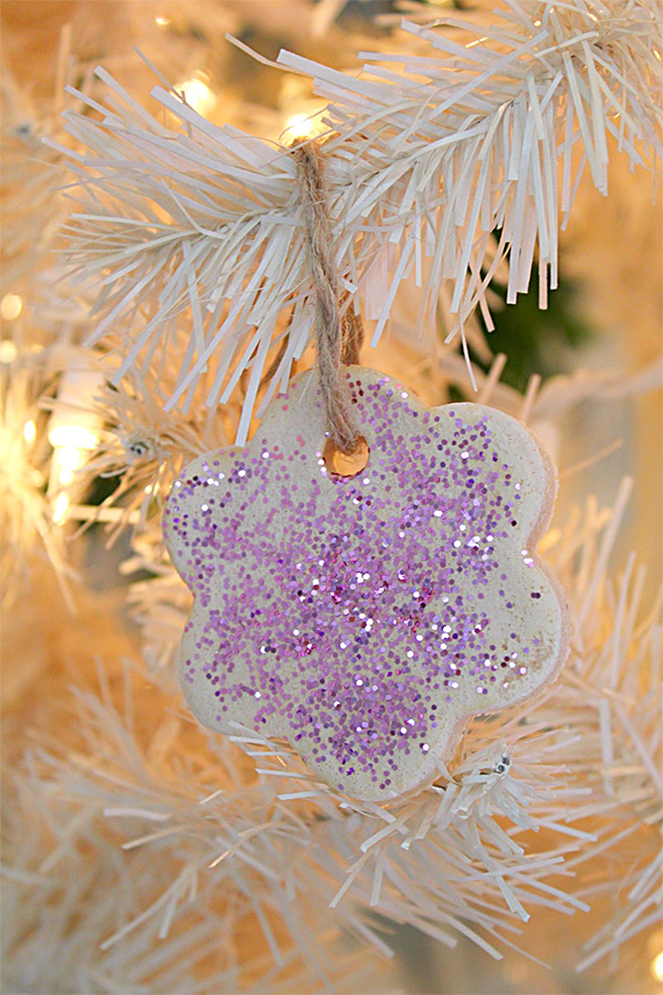 Toddler Christmas Ornament Craft