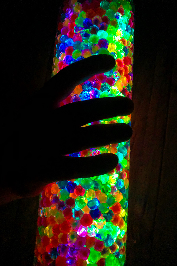 how to make a glowing sensory bottle