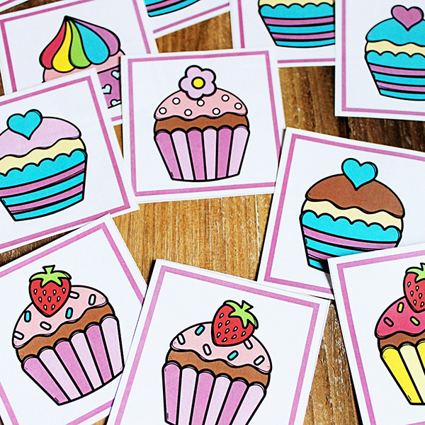 Visual discrimination game: Cupcake memory matching