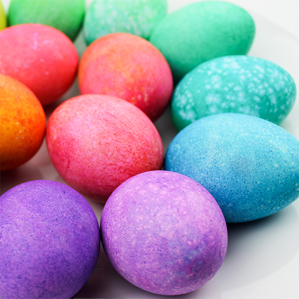 dyeing speckled eggs with rice