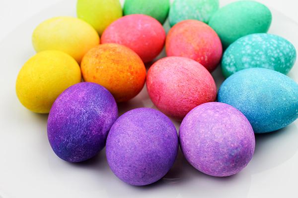 how to dye rainbow eggs