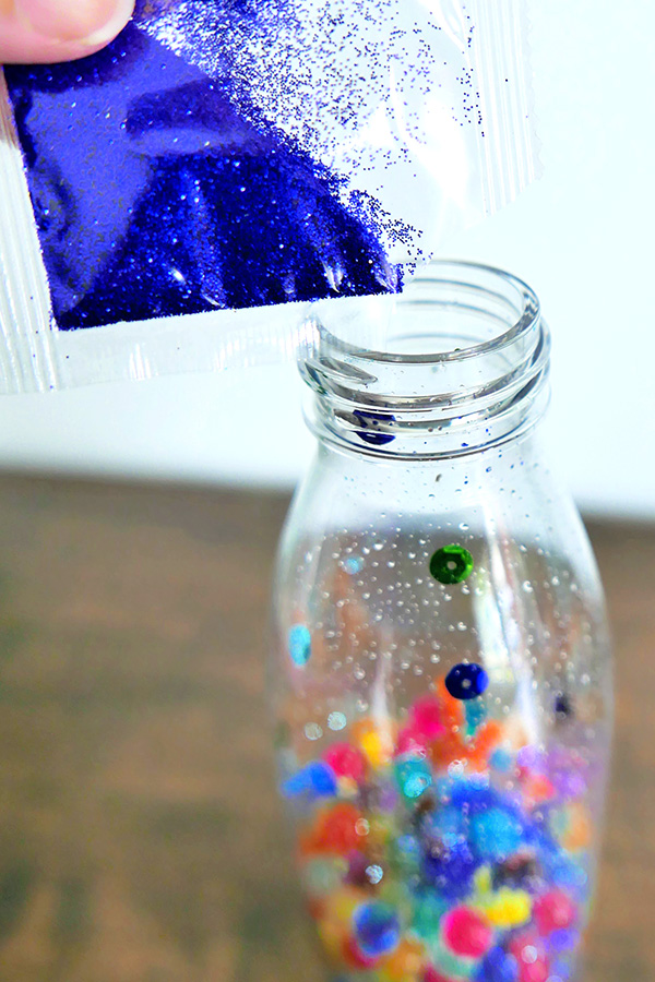 Dinosaur sensory bottle idea