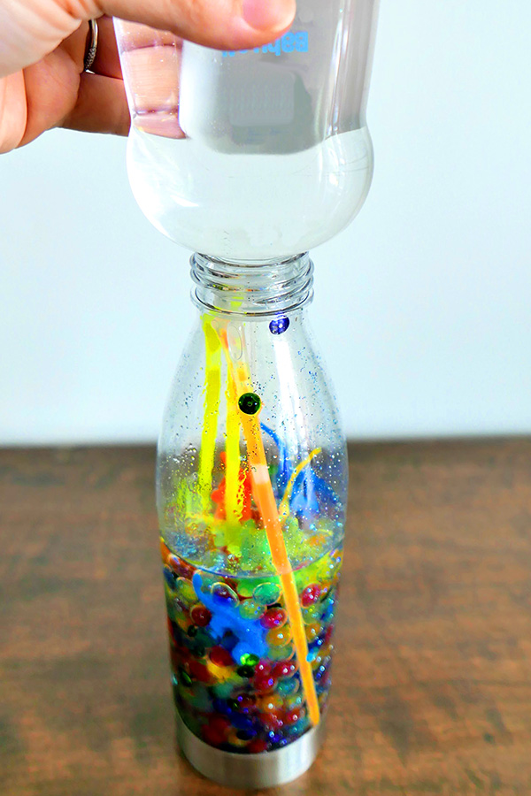 Dinosaur sensory bottle ideas