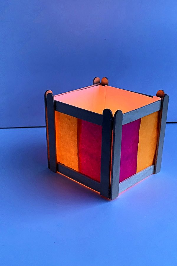 Tween Craft Ideas: Craft Stick Lantern