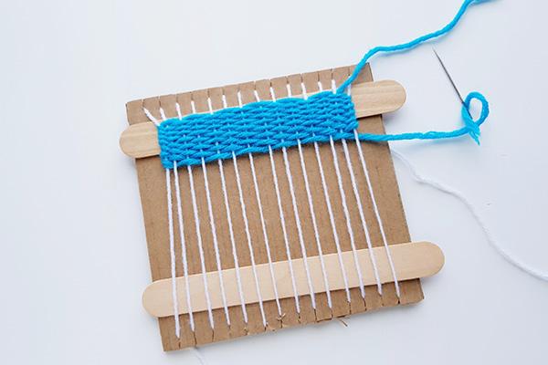 Kids weaving project