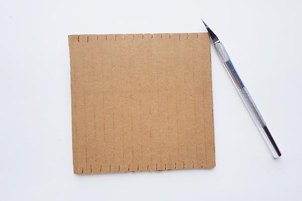 Weaving ideas for kids: Cardboard Loom Tutorial