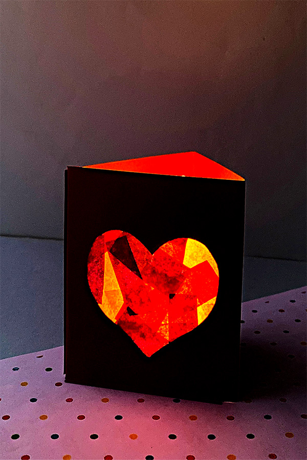 Valentine craft ideas: paper lantern