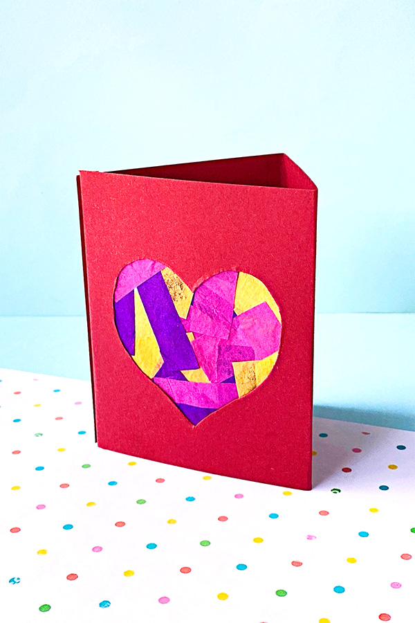 Heart paper lantern: Crafts for tweens